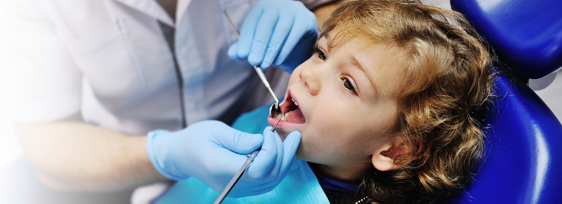 child gets a dental check up